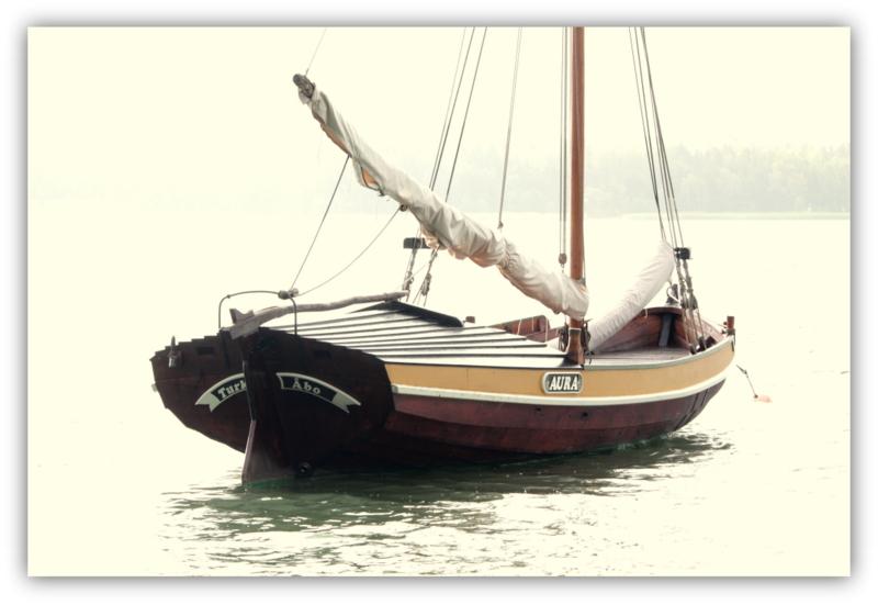 Storbåt AURA perän puolelta